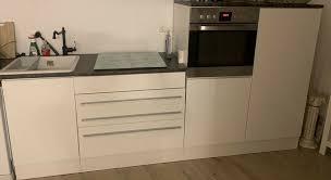 küchenzeile hängeschrank in weiß hochglanz ohne e geräte