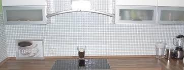 mosaikfliesen weiss glasmosaik keramik naturstein mosaik fliesen