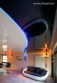 spanndecke wohnzimmer schwarz weiß glänzend ciling