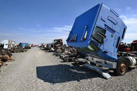100 Wrecked Semi Trucks For Sale Umatilla Business Is Truck Reincarnation Local News