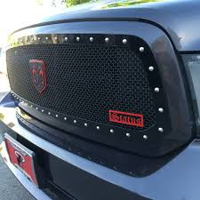 2013-2018 Dodge Ram 1500 – Status Grilles For 9402 Dodge Ram Diamond Mesh Front Upper Bumper Grille Guard 10 Modifications And Upgrades Every New Ram 1500 Owner Should Buy 0205 Hs Polished Stainless Spiderweb Insert Status Grill Custom Truck Accsories Pu All Models Billet 1 Pc Full Custcargrillscom Car Grills Mopar 5uq43rxfab Rebel 32018 Install New Grill In 2500 Laramie Youtube Steelcraft 502260 23500 02018 0305 3500 Black
