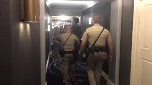Mandalay Bay Vista Suite Floor Plan by Las Vegas Shooting Inside Stephen Paddock U0027s Mandalay Bay Hotel
