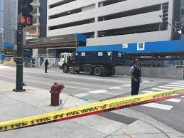 Athletic Club Spin Instructor, Mother Identified As Woman In Fatal ... Chicago Illinois Aug 25 2016 Semi Trucks Stock Photo Edit Now Is It Better To Back In A Parking Space Howstuffworks Motel 6 West Villa Park Hotel In Il 53 No Injuries Hammond Brinks Truck Robbery Cbs Florida Man Spends 200k For Right His Own Driveway Fox Storage Mcdonough Ga For Rent Atlanta Cs Fleet Apas Secured Rates Permits Vehicle Stickers Ward 49 Why Send A Firetruck To Do An Ambulances Job Ncpr News