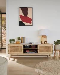 benni tv schrank aus massivholz mit alterungseffekt und