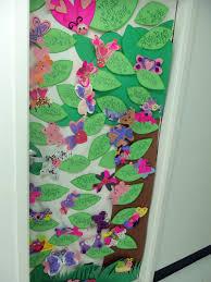 Dr Seuss Door Decorating Ideas by Ultimate Kindergarten Door Decorations For Spring Also Cute