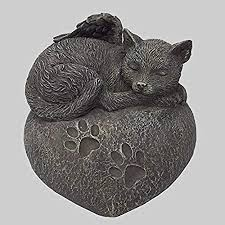katzen urne grau als katzen engelfigur und gravurplatte
