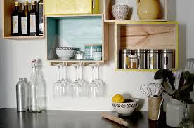 cuisine vins diy les etageres en caisses a vin les yeux en amande