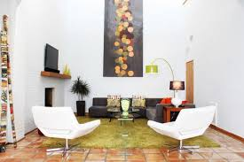 Decor Is Actually Quite Simple View In Gallery