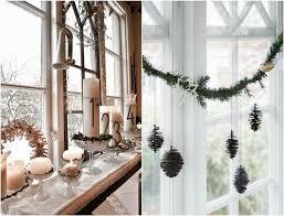 rustikale fensterdeko weihnachten ideen hängend fensterbank