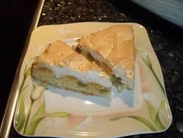 stachelbeer kuchen mit baiserdecke