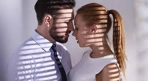baise aux bureaux comment séduire une femme au bureau