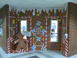 Christmas Classroom Door Decorating Contest by Wow Gingerbread House Mini Houses With Graham Crackers