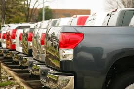 7 Steps To Buying A Pickup Truck | Edmunds