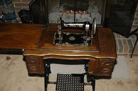 Vintage Kenmore Sewing Machine In Cabinet by Vintage Sewing Machine Shop Machine Photos Page 14
