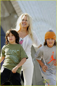 100 Pam Anderson House Ela Sons In Sydney Photo 1380831 Brandon Lee