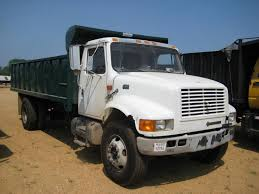 100 International 4700 Dump Truck 2000 INTERNATIONAL SA DUMP JM Wood Auction Company Inc