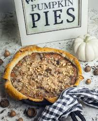 Pumpkin Pie With Pecan Praline Topping by Praline Pumpkin Pie Is A Southern Classic With A Spike Of Louisiana