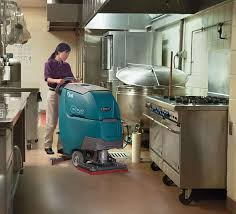 Tennant Floor Scrubber T3 by T300 T300e High Performance Walk Behind Scrubbers
