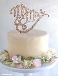 Wedding Cake Topper Mr Mrs
