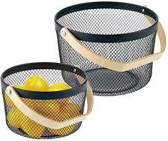 mdesign 2er set metallkorb mit holzgriff für das bad büro oder die küche körbchen in 2 größen für kosmetik make up oder