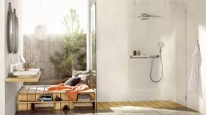 im trend glas und transparenz im badezimmer hansgrohe de