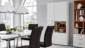 interliving wohnzimmer serie 2102 kombi vitrine 510462 dunkles asteiche furnier weißer mattlack drei türen drei sc