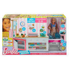 Amazoncom Barbie Limo Fashionista Giftset With 4 Dolls Toys Games