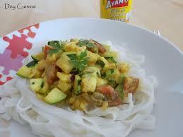 cuisiner la courgette jaune dey cuisine curry jaune de courgette nouilles de riz