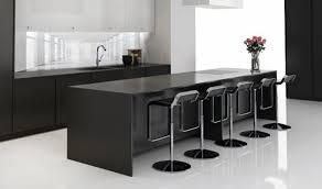 schwarze küche der neueste trend in der küchenwelt