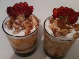 dessert au yaourt nature dessert au yaourt nature et caramel delicioos cook
