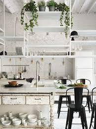 étagère cuisine en bois vintage scandinave graphique