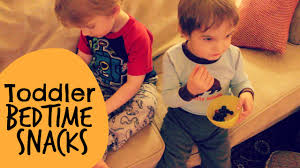 Snacks Before Bed by Toddler Bedtime Snacks And Before Bed Routine Toddler Topics