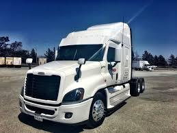 100 White Freightliner Trucks On Twitter Knight Cascadia