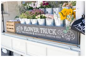 To Amelias Flower Truck Before Heading Home It Was The Only Place We Had Time Stop By And Well Worth Look How Adorable Is