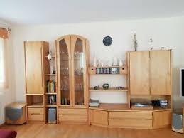 details zu schrankwand wohnzimmer erle massiv