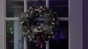 Thomas Kinkade Christmas Tree Wonderland Express by 2016 Thomas Kinkade Musical Wreath Youtube