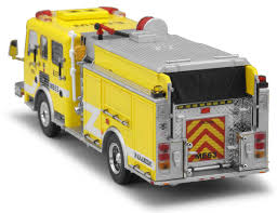 100 Code 3 Fire Trucks Chino Valley American LaFrance Eagle Pumper ME6 12579