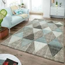 moderner teppich wohnzimmer skandinavisch rautenmuster