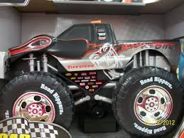 Be Creative!!: Spring Toy :The Road Rippers Wheelie Raminator ... Snake Bite Monster Truck Toy State Road Rippers 4x4 Sounds Motion Road Rippers Monster Chasaurus Rc Truck Giveaway Ends 34 Share Amazoncom Bigfoot Rhino Wheelie Motorized Forward Rock And Roller Rat Rod Vehicle Thekidzone Ram Rammunition Wheelies Sounds Find More Dodge For Sale At Up To 90 Off Garbage Tankzilla 50 Similar Items New Bright 124 Jam Grave Digger Sound Lights Forward Reverse Lamborghini Huracan Car Cuddcircle Race Car Toy State Wrider Orange Lights