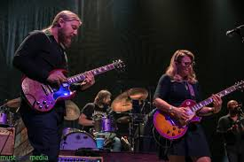 Review + Photos: Tedeschi Trucks Band At The Fox Theater - The Bay ...
