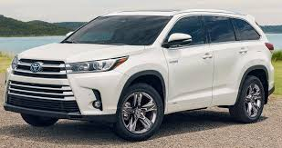 100 Texas Truck Deals Get A HUGE DEAL When You Lease A Highlander In