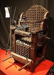 King Edwards Chair by Medieval Torture
