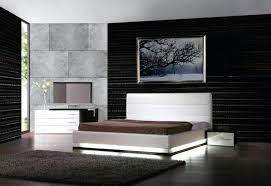 Impressive King White Platform Bed Calyx White Modern Bed With