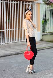 50s Inspired Outfit With Jeans