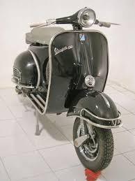 Model Vespa VBB Year 1964 Color Pure Black Price US 1650 Shipping 450 Worldwide Port Classic Vintage Lambretta