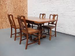 Sold 1930s Oak Extending Dining Table And 4 Chairs Rh 20thcenturyfurnishing Co Uk 1940s