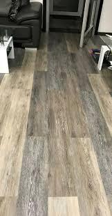 verlegen parkett laminat vinyl pvc und teppichboden