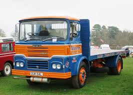100 J And J Truck Bodies Flatbed Truck Wikipedia