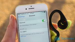 How to pair wireless headphones to the iPhone 7 7 Plus DGiT
