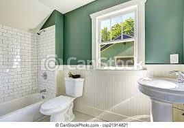 badezimmer mit weißer und grüner wand weißes badezimmer mit